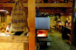 Kirchbühlhütte im Hirsch-Erlebniswald