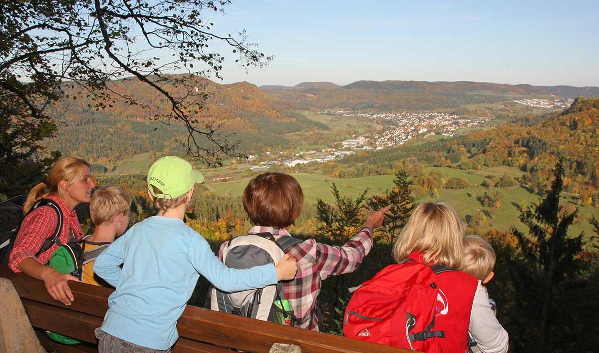 Hossinger Hochalb Blick vom Kübelhansfels in Eyachtal