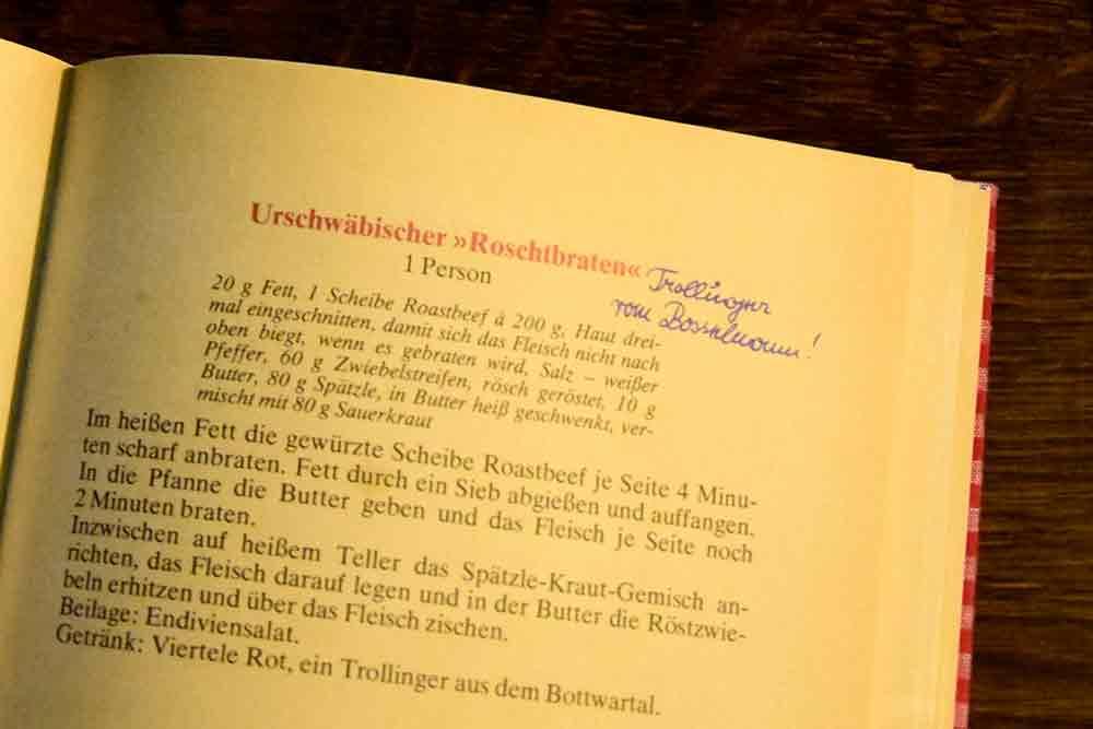 Blick ins traditionelle Kochbuch mit Rezept für den Urschwäbischen Rostbraten
