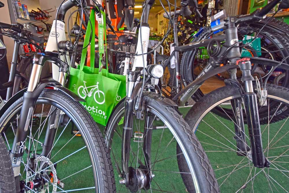 Tasche an Fahrrad