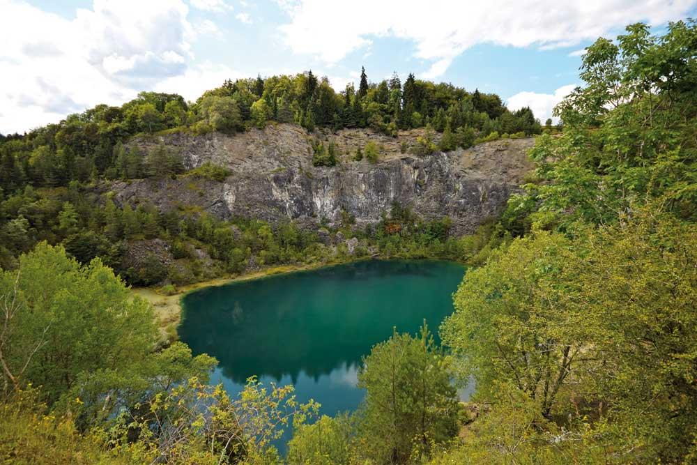 Blick in Kratersee Höwenegg