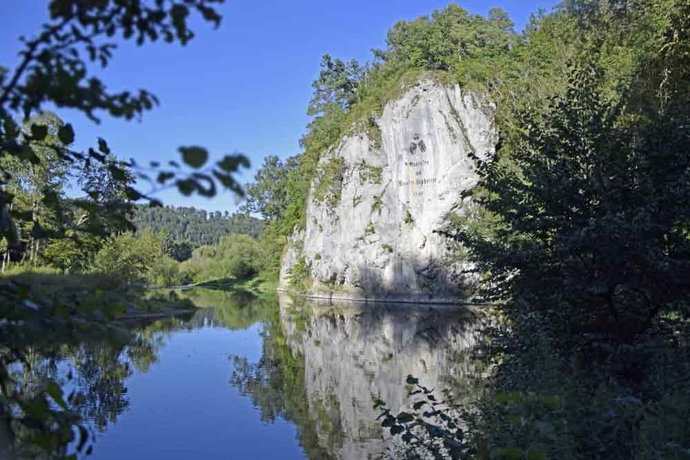 Amalienfelsen in der Donau