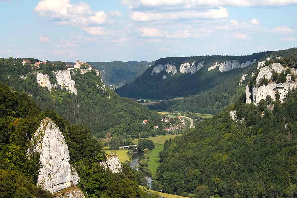Eichfelsen-Panorama auf Schlss Werenwag