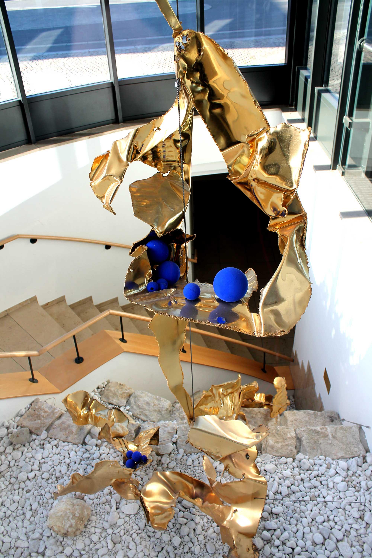 Sylvia Reiser-Skulptur in der Donau-Lauchert-Halle