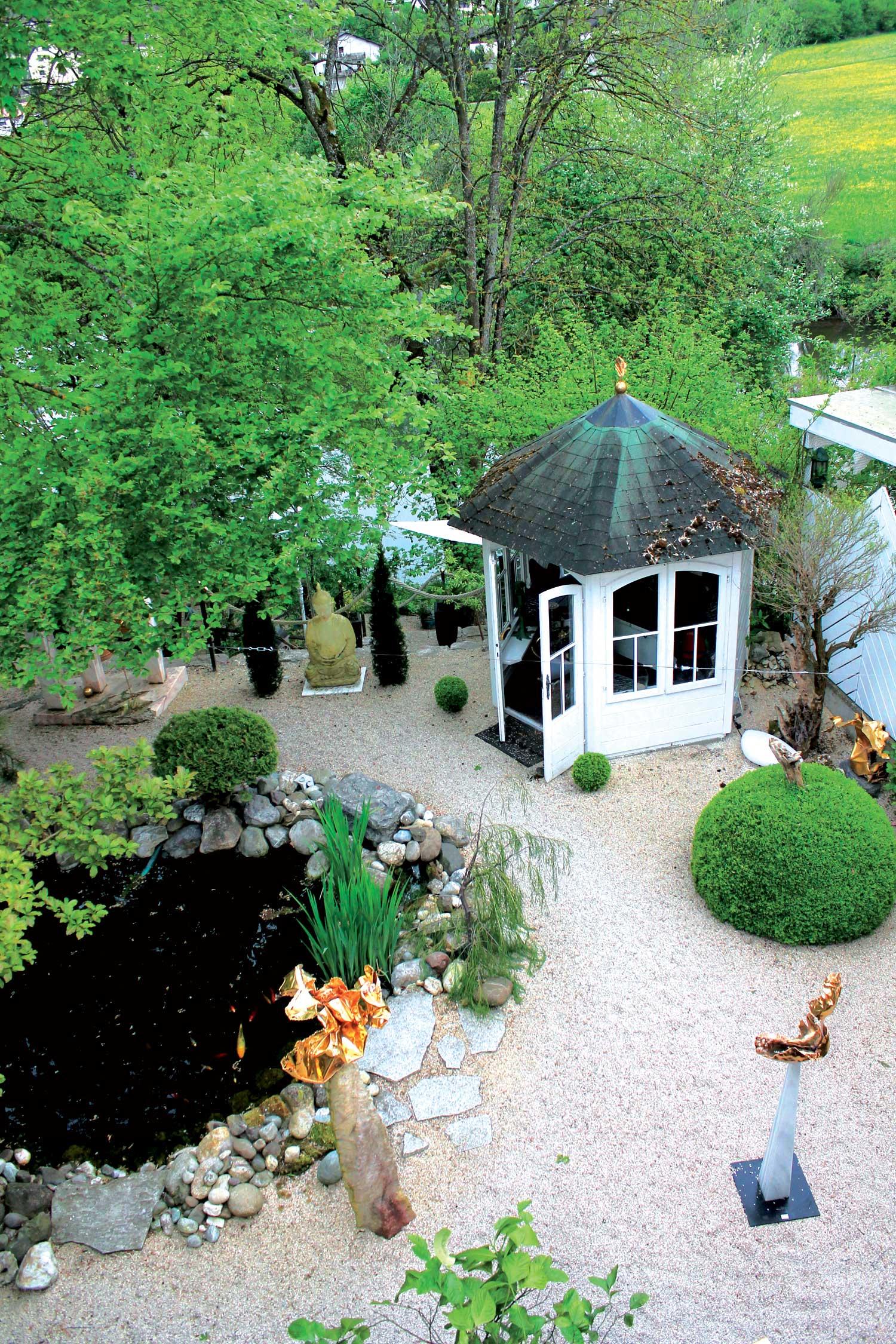 Blick in den Garten von Sylvia Reiser