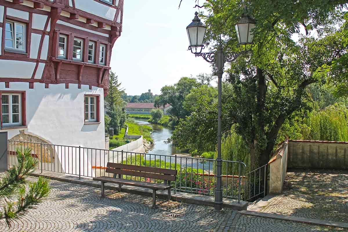 Fachwerkhaus am Donauufer