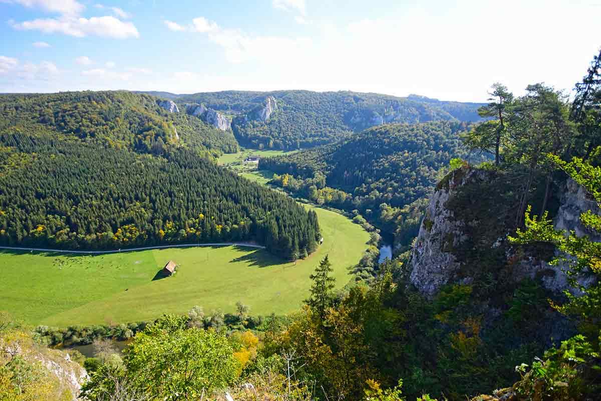 Blick ins Donautal vom Knopfmacherfelsen