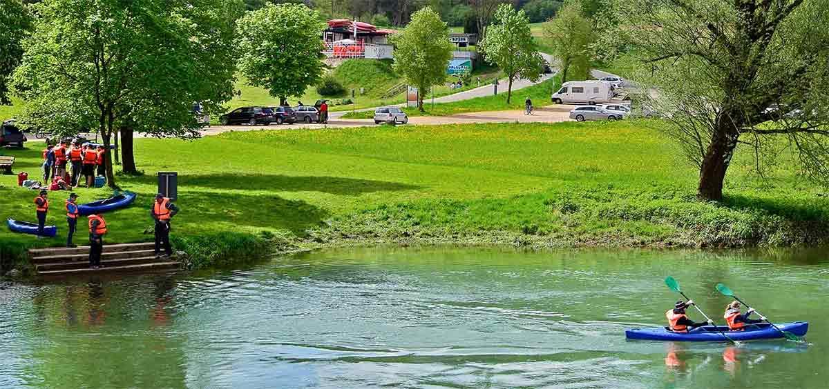 Kanu Einstieg an der Donau in Hausen im Tal
